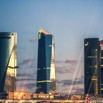 rascacielos-madrid-noche-Cuatro-Torres-Business-Area