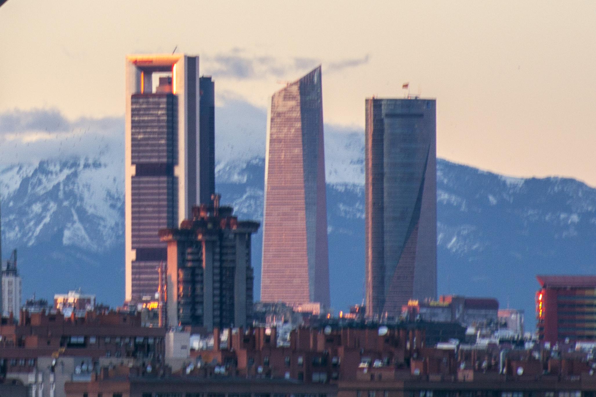 Rascacielos de madrid barrios de madrid - Empresas de construccion en madrid ...