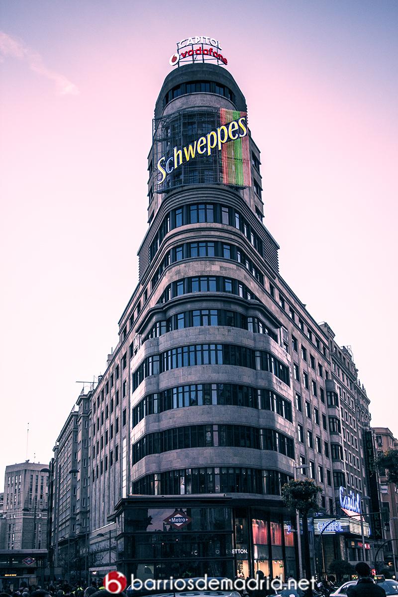 edificio capitol gran via madrid schweppes vodafone callao