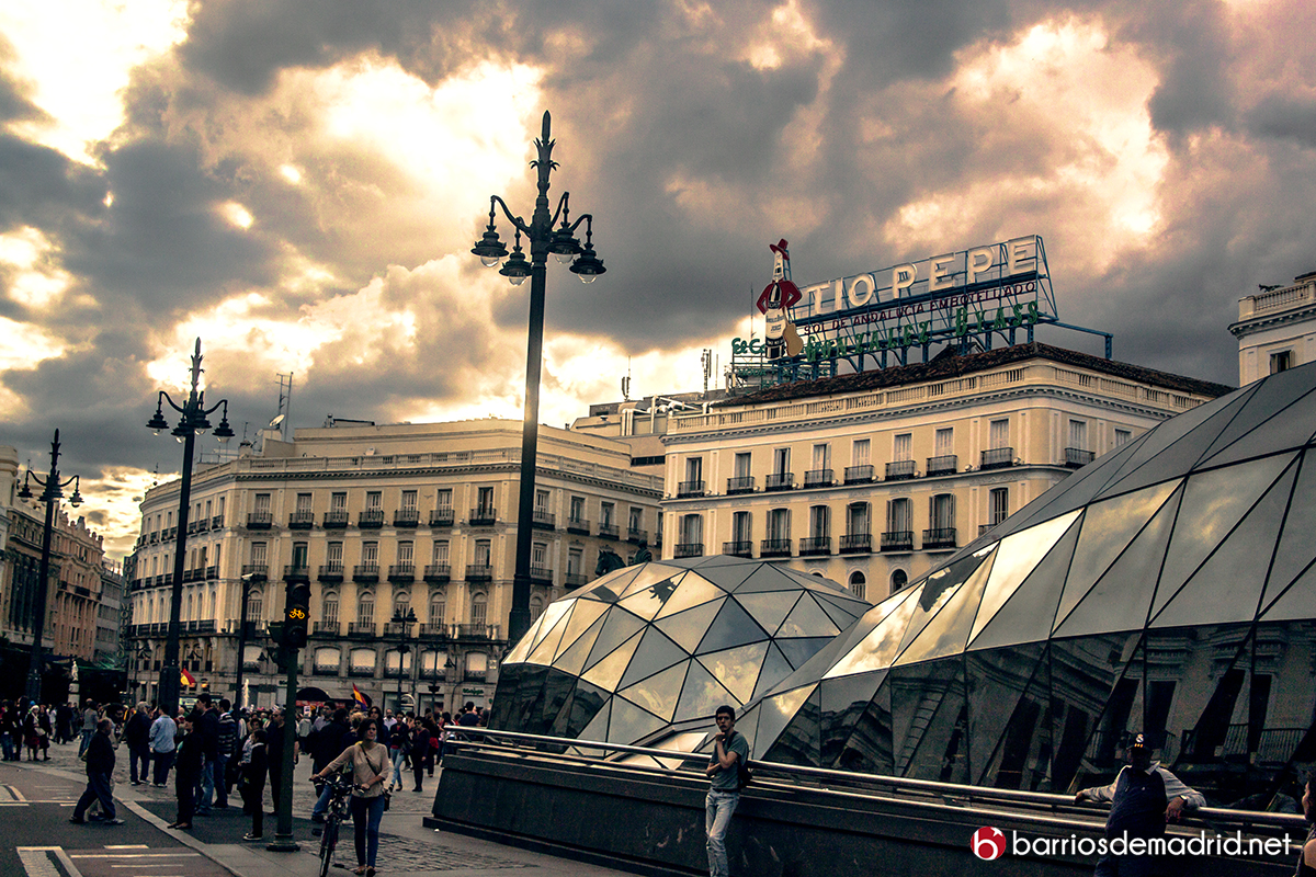 puerta del sol atardecer