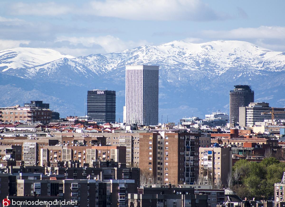 torre picasso nieve