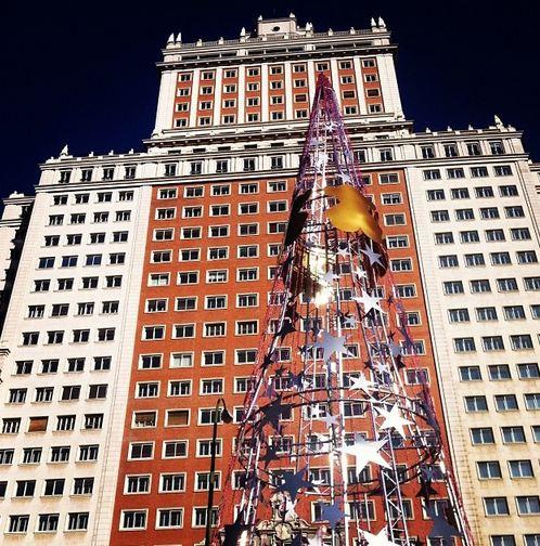 edificio españa navidad