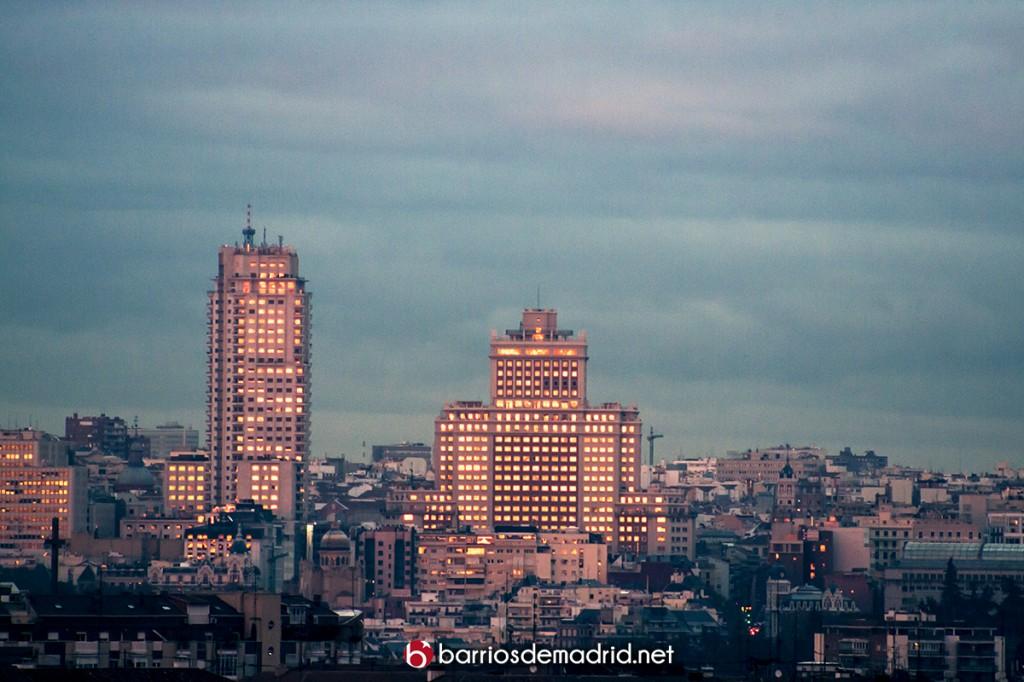 plaza españa de noche Madrid