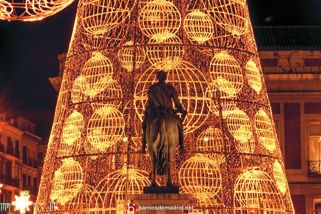 arbol navidad sol madrid 2015 2016 escultura luces caballo carlos