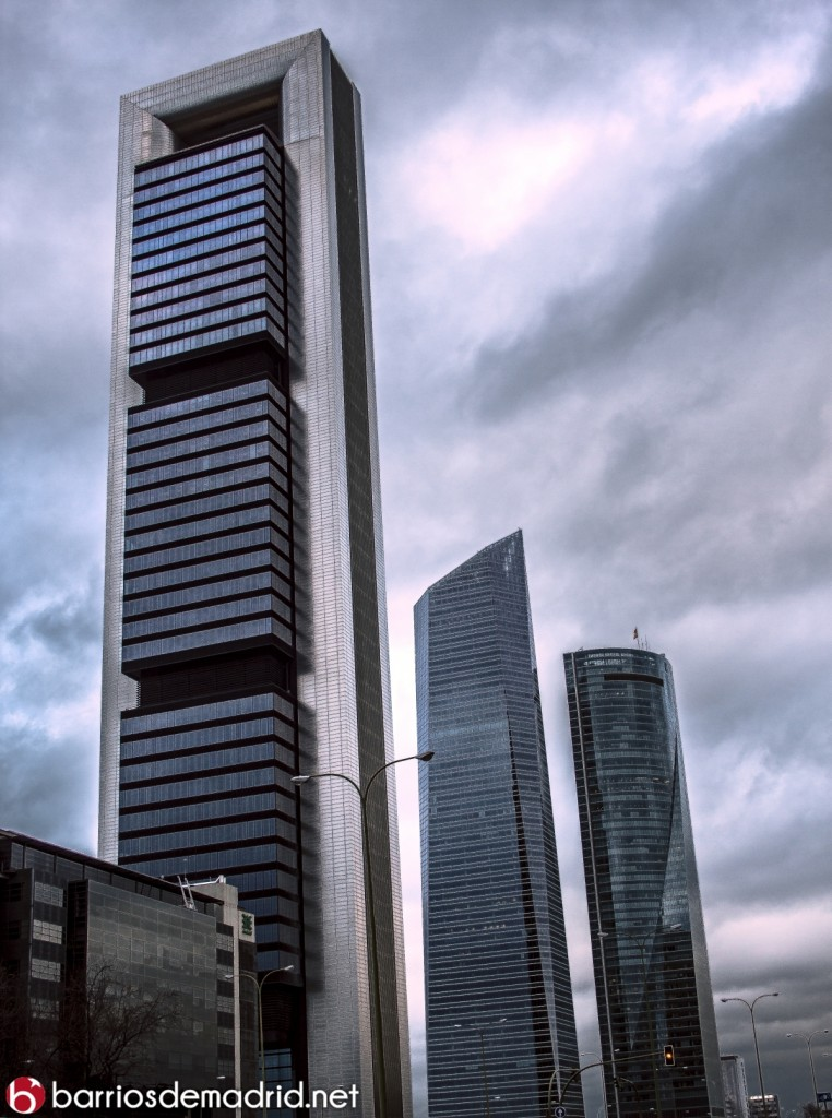 4 torres altura