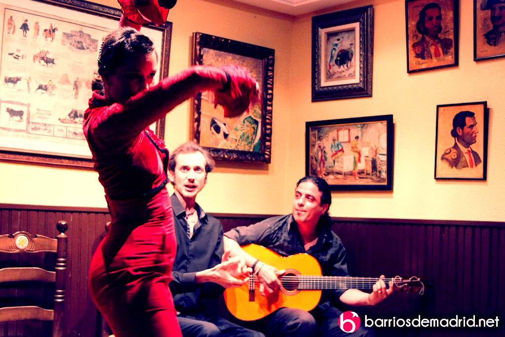 tablao flamenco bailaora