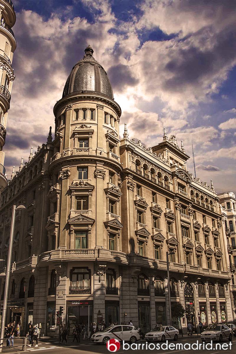 gran via arquitectura Círculo de la Unión Mercantil e Industrial madrid
