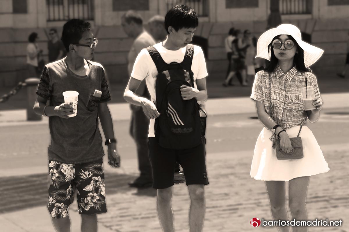 japoneses madrid turismo sol centro