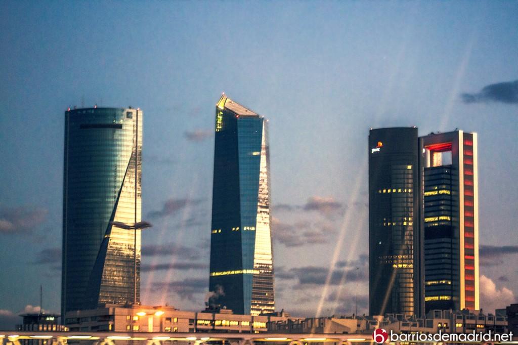 rascacielos madrid noche Cuatro Torres Business Area